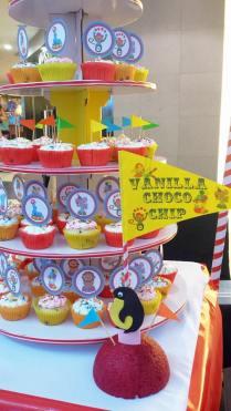 Vanilla Choco Chip cupcake tower
