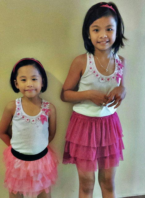 Terno with her playmate. Fashionista girls!